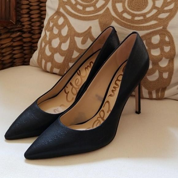 0bc3cc4825072 Sam Edelman hazel black heels. M 5ac24a0500450fa4445ea4d3. Other Shoes ...